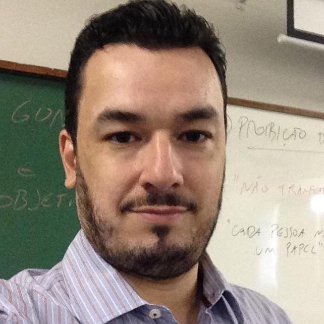 Carlos Eduardo  Pires Gonçalves